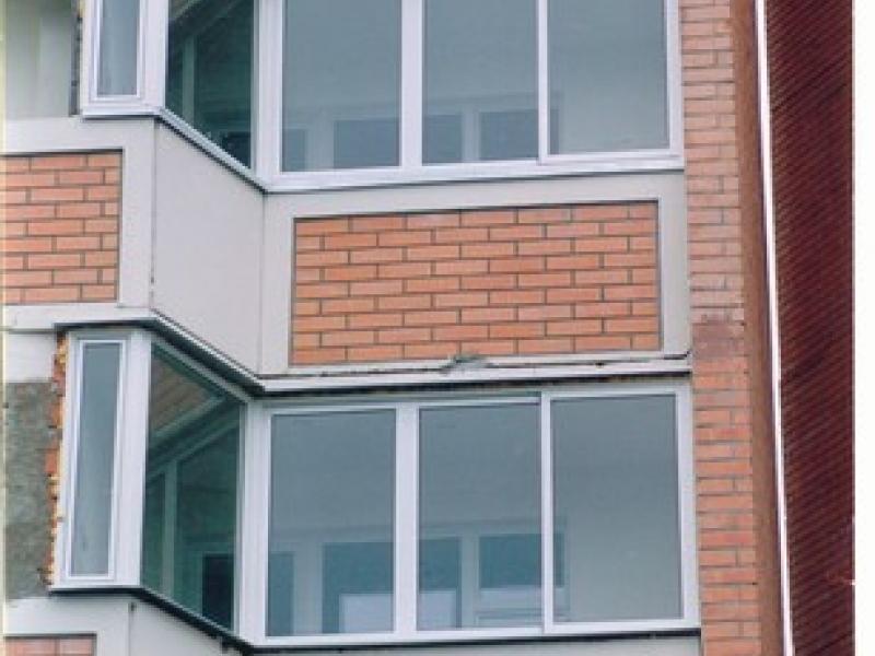 Остекление и внутренняя отделка балконов и лоджий.