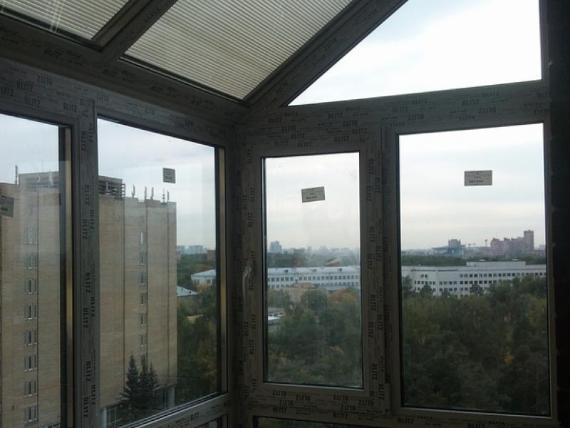 стеклянная крыша на балконе фото масляных красок длительный